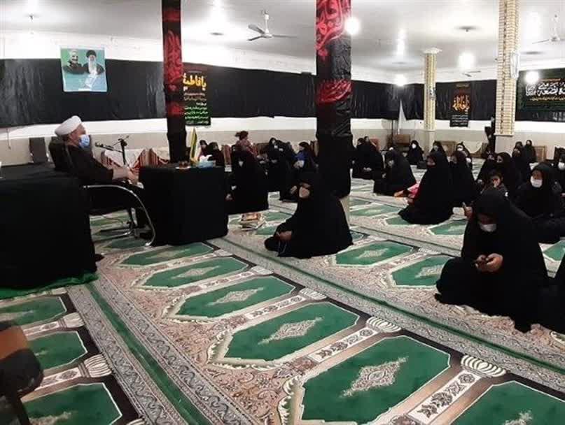 گزارش تصویری؛ برگزاری اولین شب مراسم عزاداری ایام فاطمیه در باشت/ تصاویر