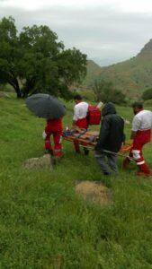 نجات جان چوپان توسط امدادگران هلال احمر شهرستان باشت